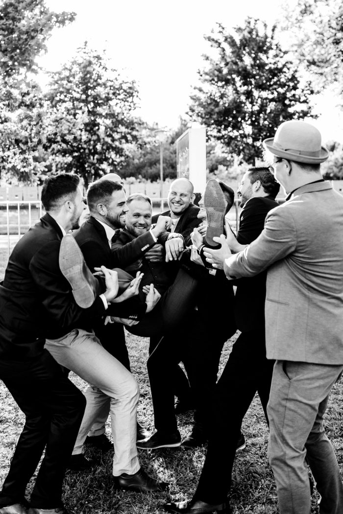 Gruppenfoto-Kirrlach-Waghäusel-Hochzeitsfotograf-Hochzeitsreportage-Eremitage Waghäusel-Graben-neudorf